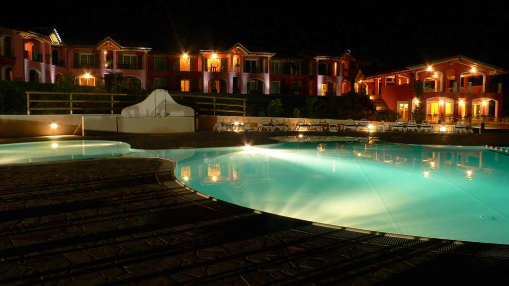 Zwembad - Residence Vico - Idromeer